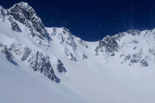 همان کوه، با +۲EV پله جبران نوردهی