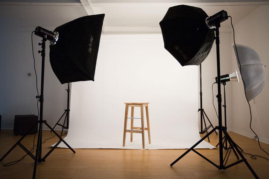 چگونه آتلیه عکاسی خانگی بسازیم؟