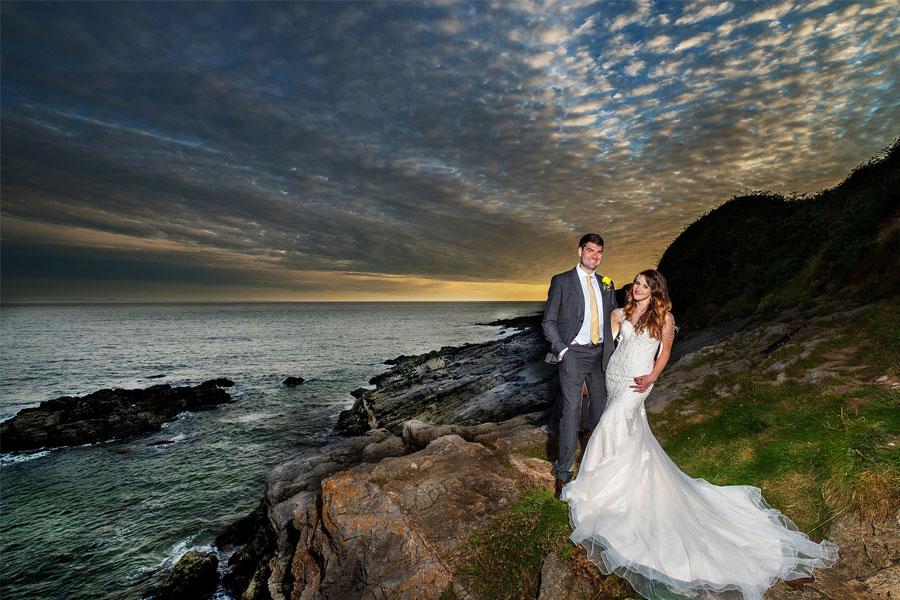 عکاسی از عروس و داماد با فلاش اکسترنال